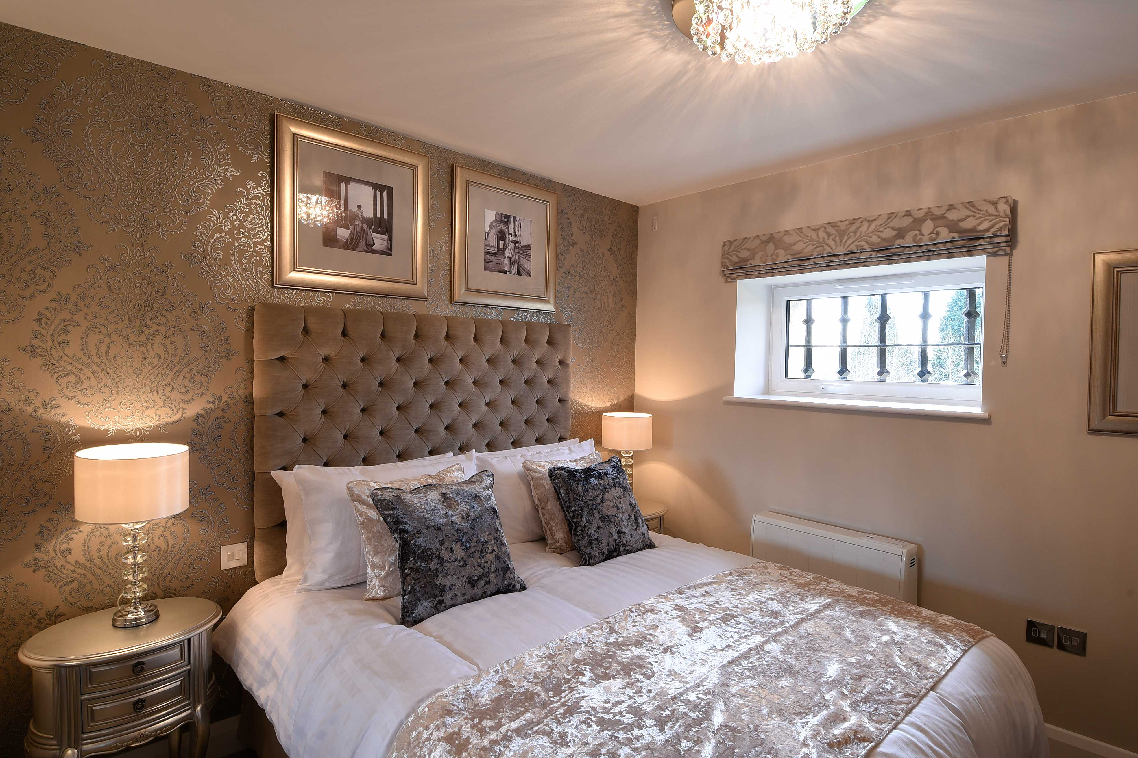 Roysse Suite: a 2 bedroom luxury serviced apartment at The Old Gaol in Abingdon, Oxfordshire. Ideal accommodation for corporate or holiday short let